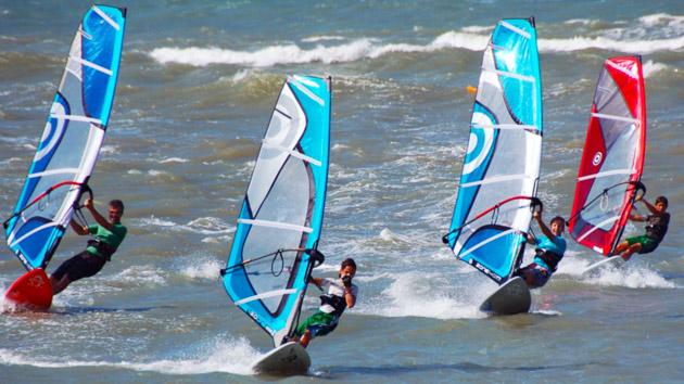 stage de windsurf au Brésil