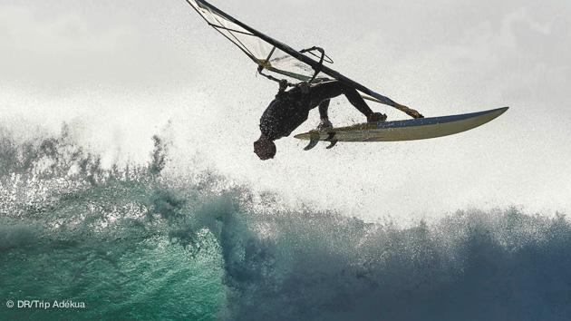 stage de windsurf à Bolonia en Espagne