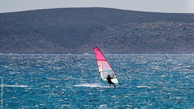 8 heures de cours pour progresser en windsurf