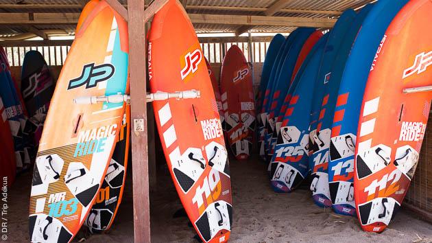 Profitez du meilleur matos pour progresser en windsurf