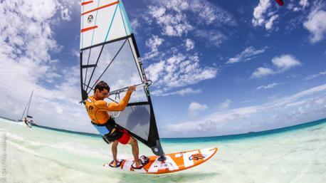 Séjour coaching windsurf avec des rideurs pro au Vénézuela
