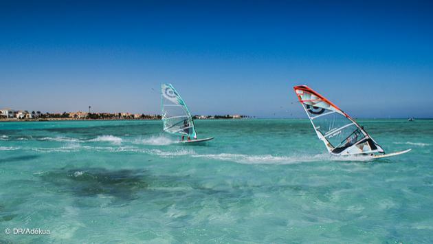 vos vacances windsurf à El Gouna sur les eaux cristallines de la mer Rouge