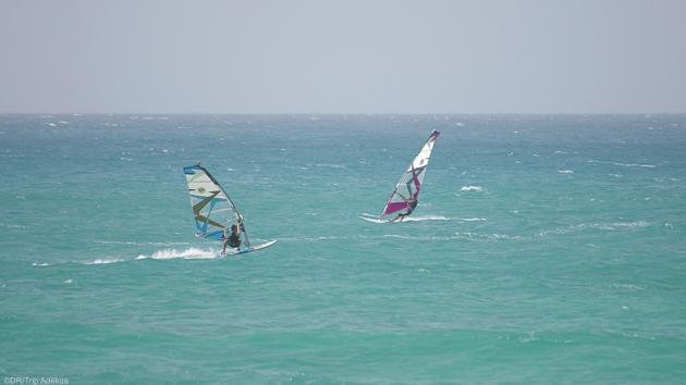 Naviguez en windsurf dans les meilleurs conditions pendant votre croisière