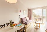 Votre logement à Hyères directement sur la plage - voyages adékua
