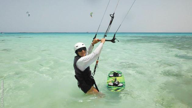 Cours de kitesurf les de votre séjour en Egypte, en plus du windsurf