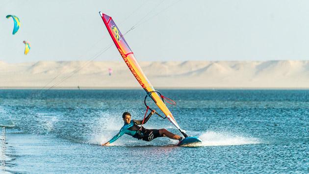 Des sessions de windsurf de rêve à Dakhla au Maroc