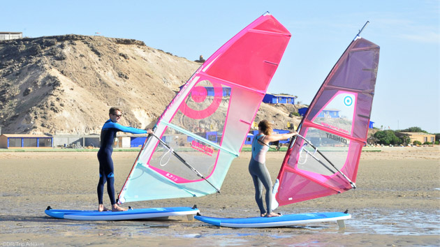 Venez progresser en windsurf sur la lagune de Dakhla