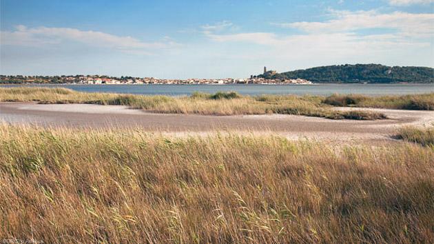 Découvrez la région de Gruissan pendant votre séjour windsurf