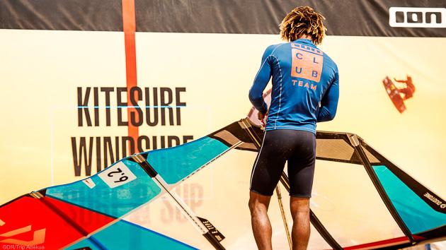Progressez avec des cours de windsurf à Sal au Cap Vert