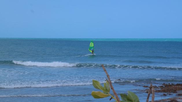 Progressez en windsurf sur les meilleurs spots du Brésil