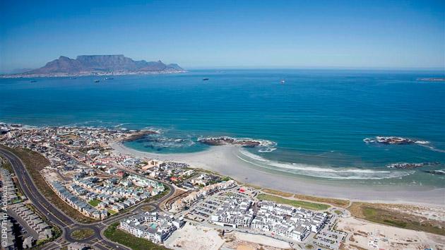 la baie de Cape Town un paradis pour le windsurf et les sports de glisse