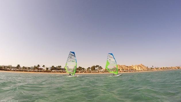 Naviguez en windsurf sur les meilleurs spots de Safaga en Egypte