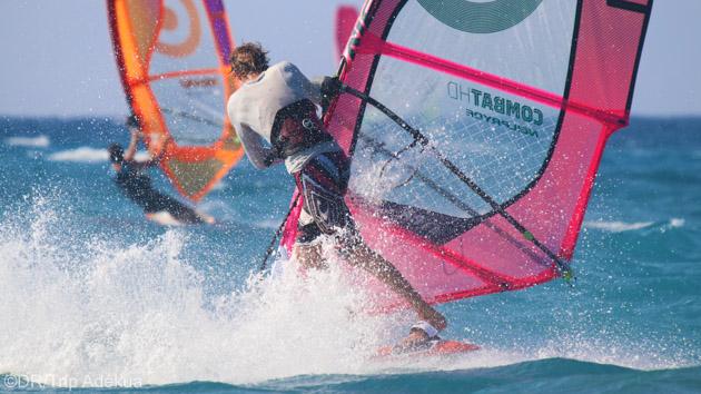 Vos vacances windsurf à Rhodes avec hébergement en hôtel 4 étoiles