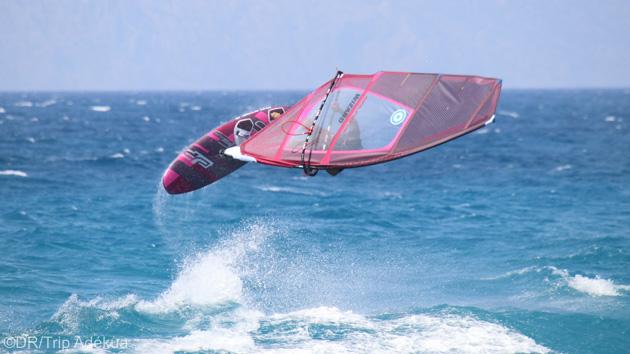 Votre école de windsurf sur le spot d'Ixia à Rhodes