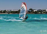 Votre club de windsurf sur le meilleur spot d'El Gouna - voyages adékua