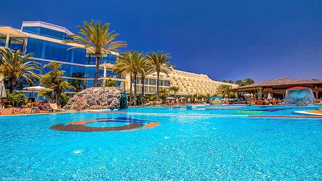 Votre hôtel tout confort pour un séjour windsurf de rêve à Sotavento