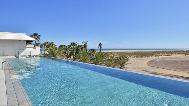 Votre hôtel 4 étoiles tout confort avec piscine à Sotavento