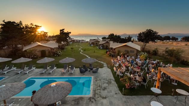 Un séjour windsurf de rêve à Rhodes avec hébergement sur le spot