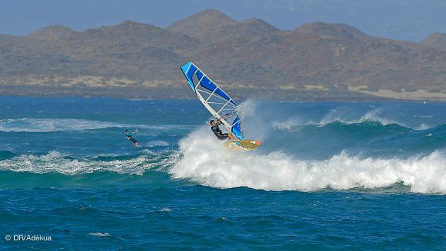 des spots de vagues pour progresser en windsurf aux Canaries