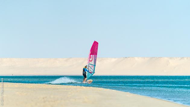 Naviguez sur la lagune de Dakhla et ses spots de rêve en windsurf