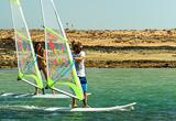 Apprenez ou progressez en windsurf aux Canaries - voyages adékua