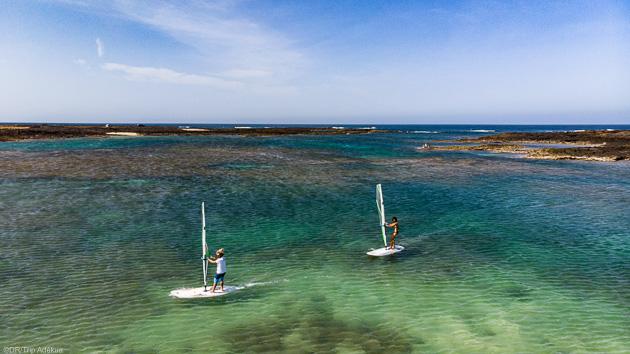 Naviguez sur les meilleurs spots de windsurf de Fuerte