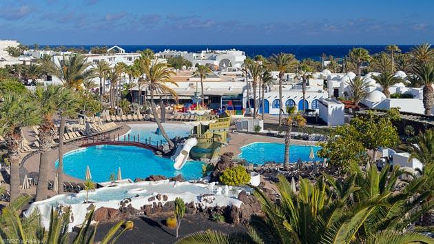 Hôtel 4 étoiles, cours de windsurf et demi-pension pour votre séjour windsurf à Lanzarote