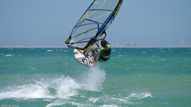Naviguez et progressez en windsurf sur la lagune de Dakhla