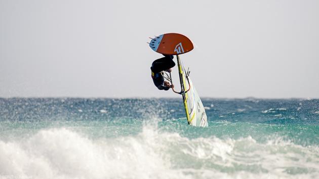 Un séjour windsurf pour progresser dans les vagues de Sotavento